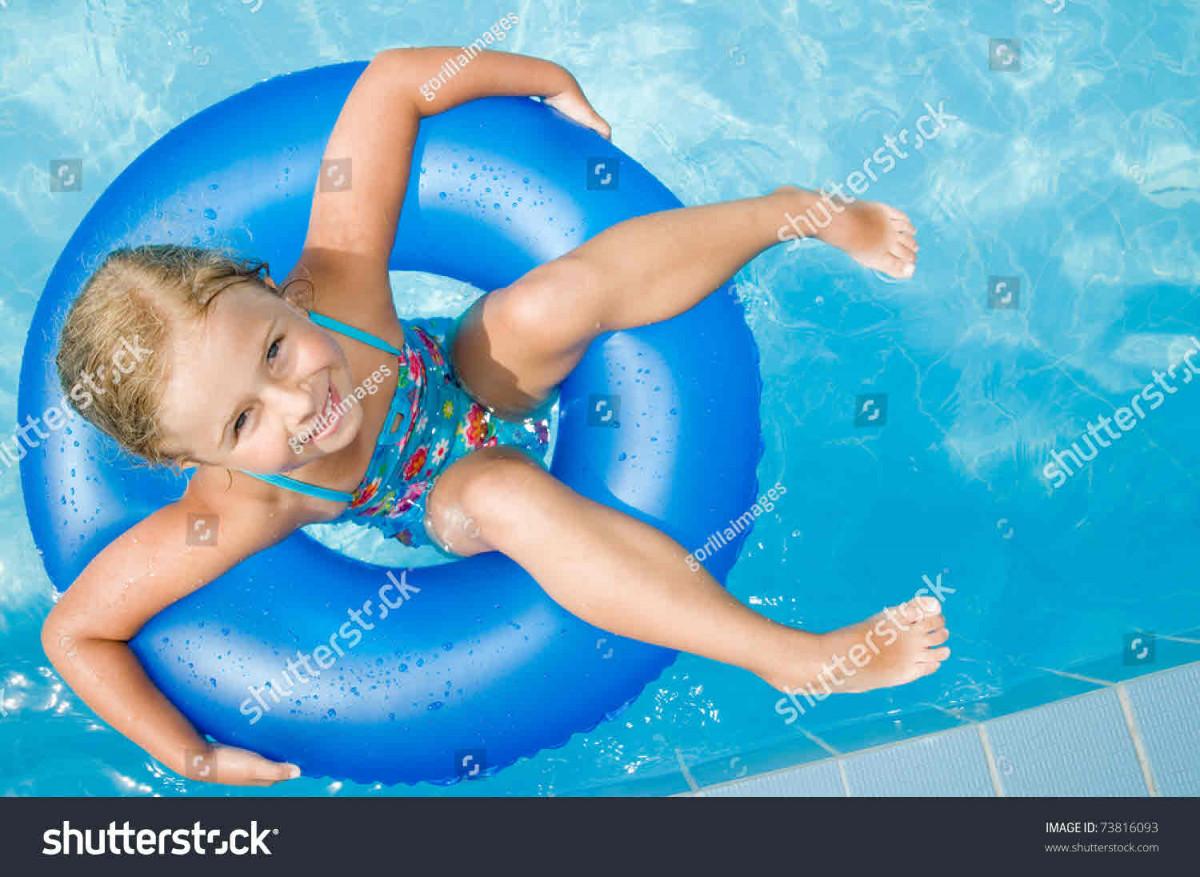 عکس شنا کردن دختر خوشگل ایرانی در استخر مردانه با بیکینی عکسشنای دختر خوشگل در استخر عکس شنا کردن دختر در دریا عکس شنا کردن دختر عکس شنا دختر برهنه در استخر مردانه عکس دختر در حال شنا عکس استخر زنانه